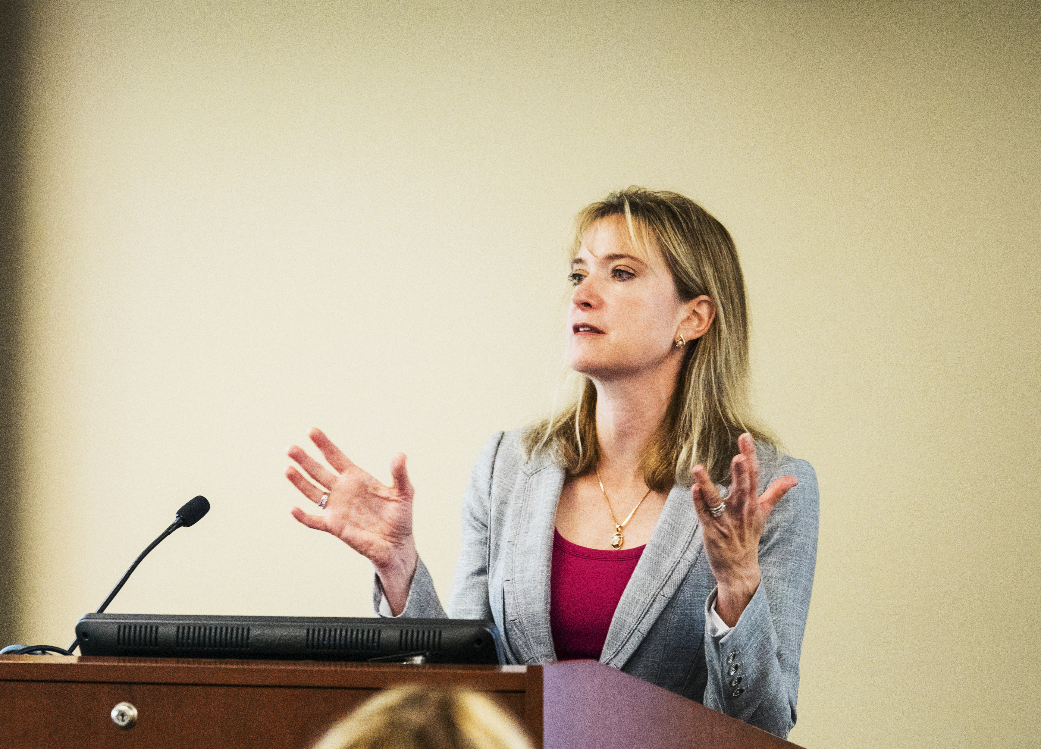 Dr. Caroline Cederquist